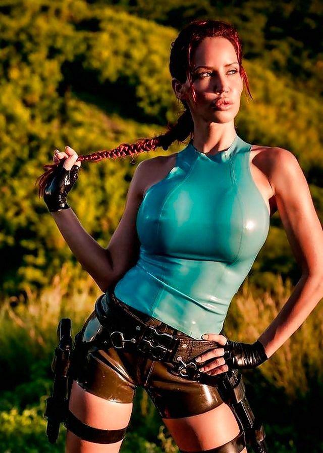 lara-croft-cosplay-porno-11